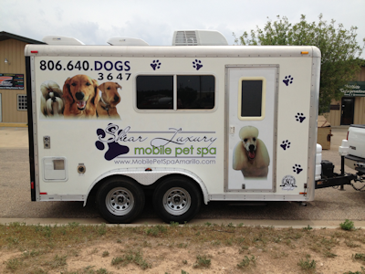 Cura del cane, ultima frontiera: in Usa spopola la pet spa a domicilio. Con tanto di spray profumato per l'alito