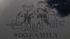 Mimmo, Rosa e Totò: i tre cani labrador di Dolce e Gabbana in prima fila nella #DGfamily