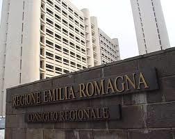 Randagismo, staffette, adozioni, affidi: fioccano interrogazioni in Regione Emilia-Romagna