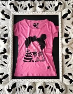 Una delle magliette OJI